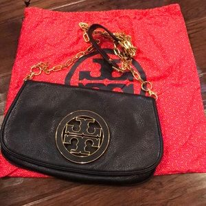 Tory Burch Amanda logo flap clutch